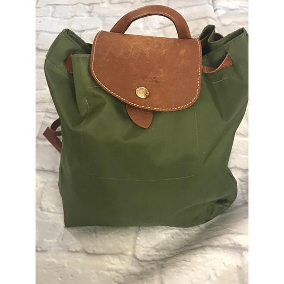 216c1a4695956 Longchamp Handbags - Longchamp Pliage Sac XS Backpack Olive Green